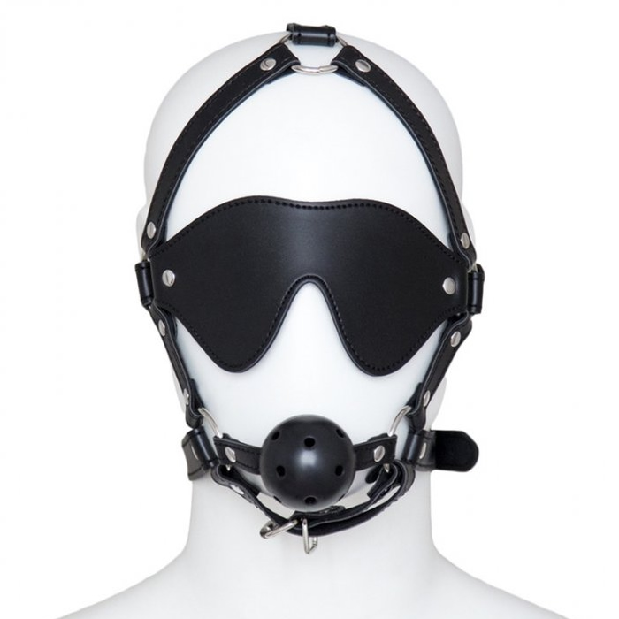 Breathable gag harness w. mask